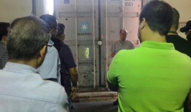 Práctica de sellado de contenedores